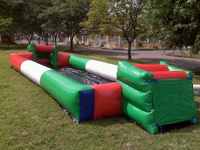 Cancha de Ftbol inflable.