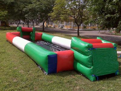 Cancha de Fútbol inflable.