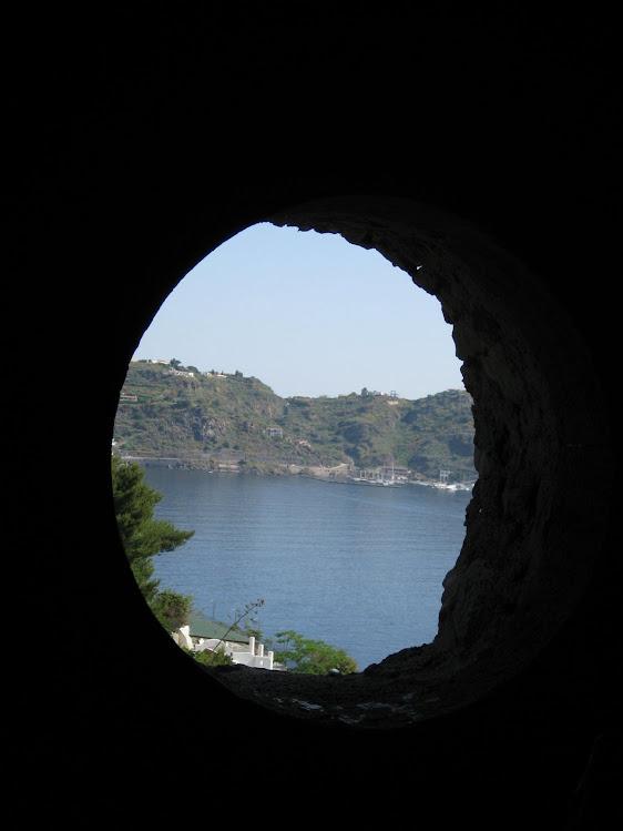 ITALY - Island of Lipari. / @JDumas