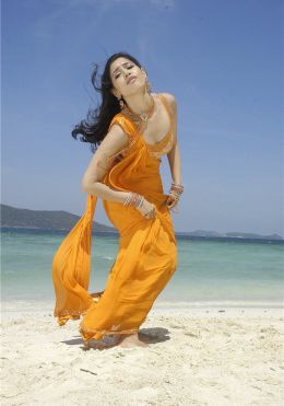 South indian sexy actor Tamanna sexy image gallery
