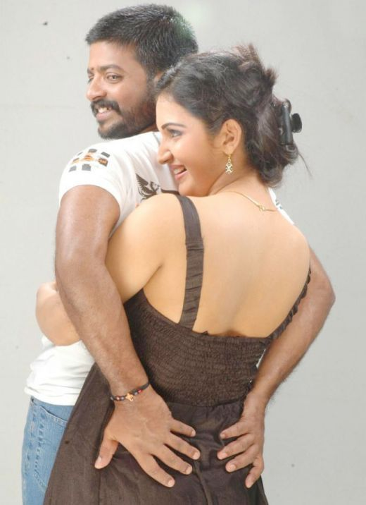 very rare Honey Rose romancing and kissing  hot image Gallery