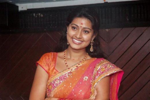 sneha in saree hot pic