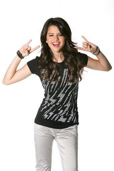 Selena Gomez 14 Years Old. selena gomez latest pics