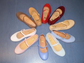 Mercadillo de zapatos en GARROTITOS