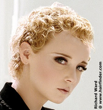 how to do easy hairstyles. How To Do Curly Hairstyle
