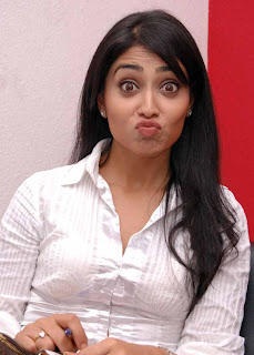 shriya+kiss