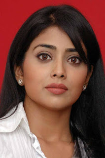 shriya+cute