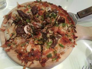試完一次保證你不會想試多次的rice pizza