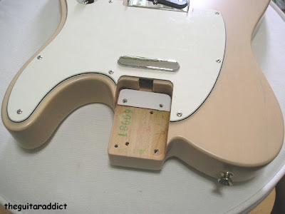 As Cordas estão muito altas!!! Fender+tele+shim2