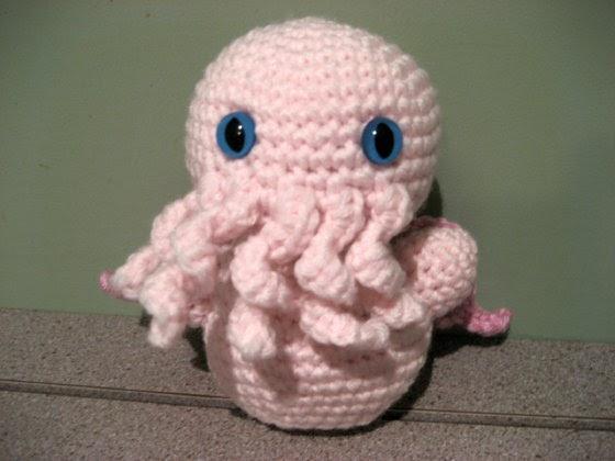 Cthulhu Crochet and Cousins: Tiny Cthulhu! Free Pattern