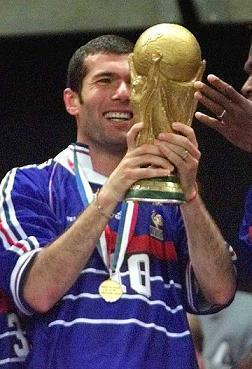 [Imagem: Zidane98COPA.jpg]