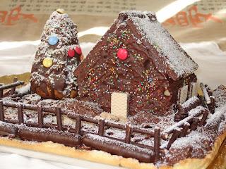 Casetta Di Natale Con Biscotti : Idee per natale casette di biscotto uno chef per gaia
