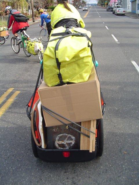 [elicia_bike_move.jpg]