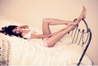 Frieda Pinto Hot Photo Gallerys