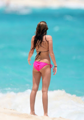 Miley Cyrus in Bikini at a Beach in the Bahamas photos