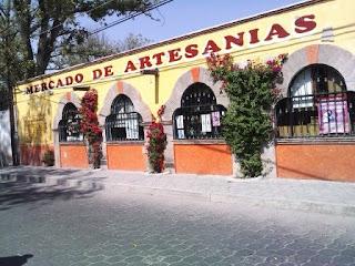 MERCADO DE ARTESANIAS EN TEQUIS