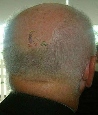 tatuagem do ano - senhor com tatuagem na careca