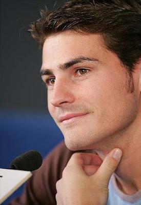 Iker Casillas - goleiro e muso da seleção da Espanha