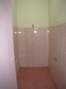 Toilet and Shower Room Superb Kleen