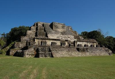Las Pirámides de la Cultura Maya, Parte 1