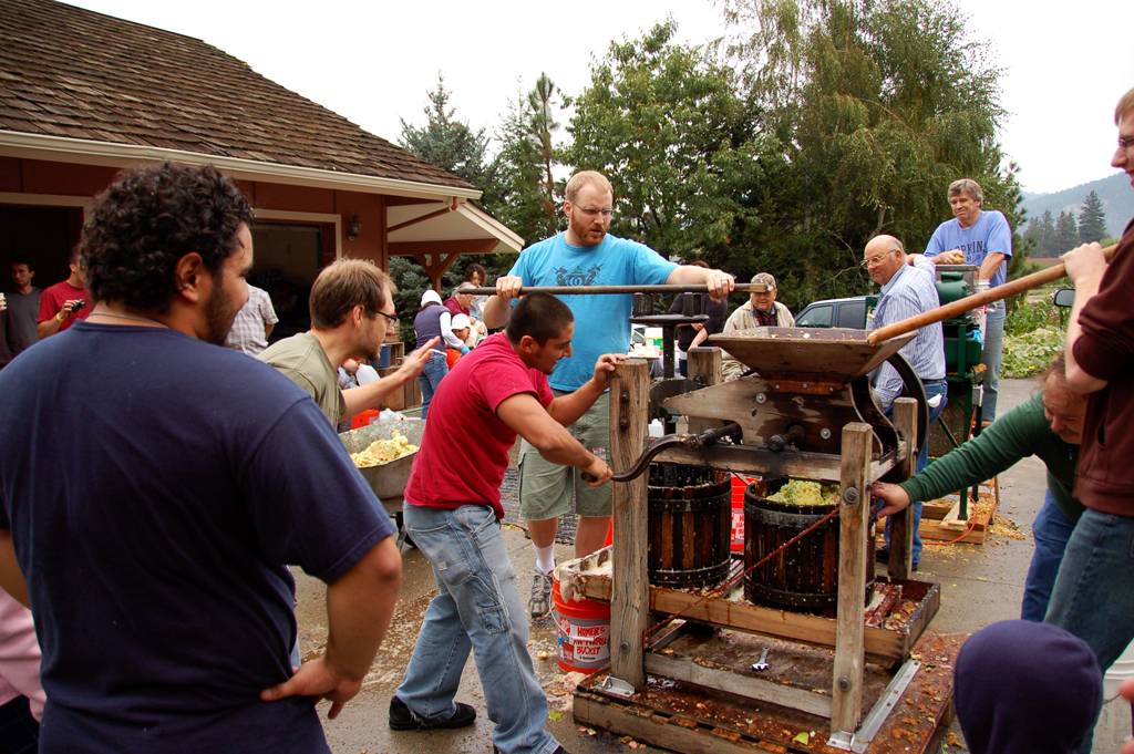 how to clean an old cider press
