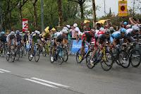 Ciclistas corriendo en Montjuic el último kilómetro antes de la meta del Tour de Francia 2009