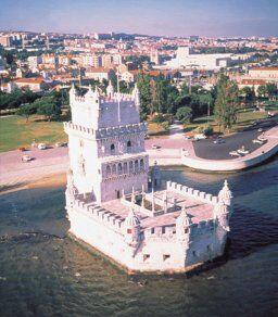 Башня Торре де Белем в Португалии.