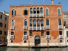 PALAIS SUR LE GRAND CANAL