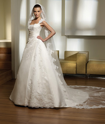 Wedding Gown Elegant and Luxurious