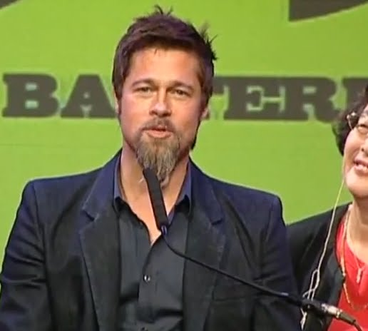 Brad Pitt Confessed At Tokyo Press Conference, Rihnna Spoke Out & Martin & Baldwin To Co-host Oscar