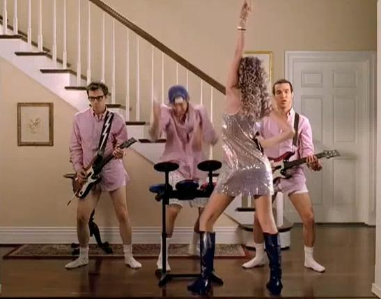 New 'Band Hero' TV Spot-Taylor Swift!