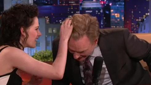 Kristen Stewart Give Conan Hair Rub Down