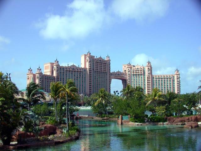 [atlantis-hotel-in-bahamas.jpg]