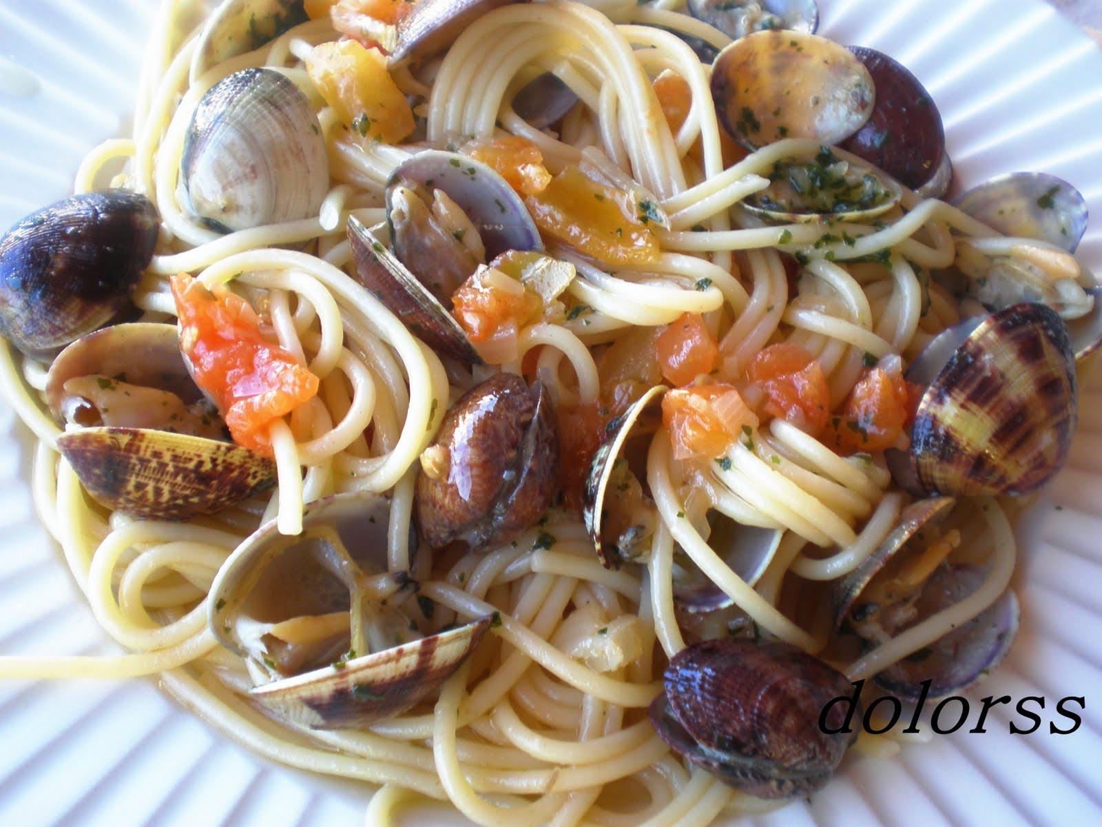 Blog de cuina de la dolorss espaguetis con almejas - Espaguetis con almejas ...