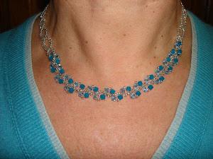 Colar corrente Cristais Sw azul cristalino/azul opaco