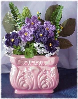 violet pink vase ceramic crochet