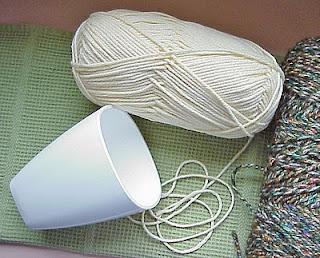 yarn tumbler white