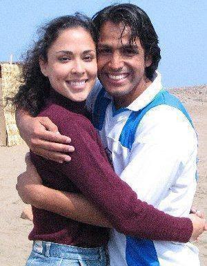 Gerardo Zamora feliz junto a Adriana Quevedo