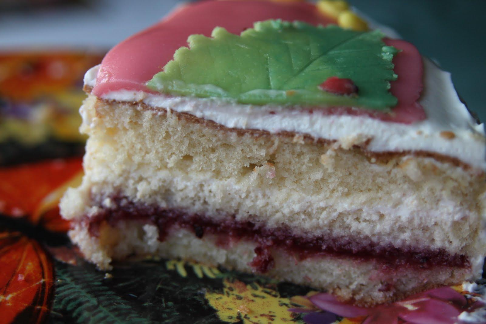 biskviidi tort