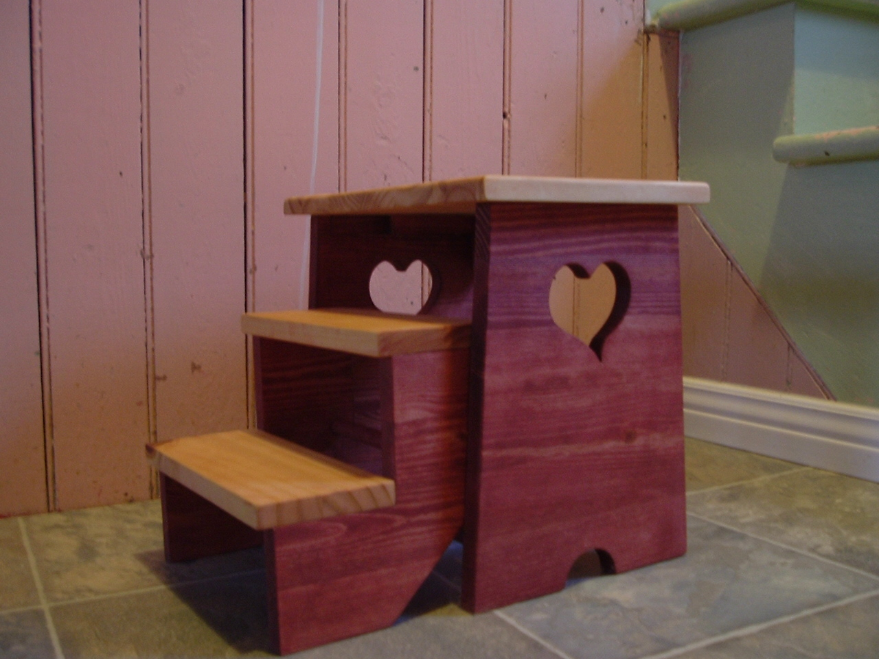 Un meuble qu b cois un banc pour enfant for Meuble quebecois