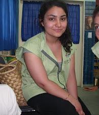 Melissa Ozden (Francesa)