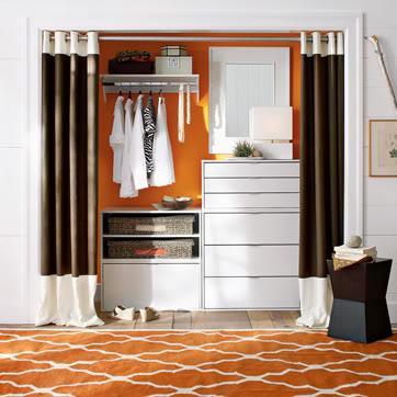 loft cottage tuesday tip curtains as doors. Black Bedroom Furniture Sets. Home Design Ideas