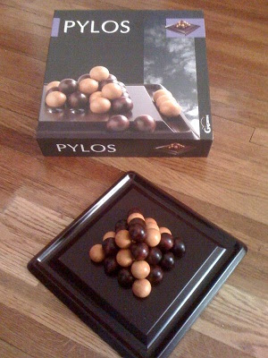 Pylos game on display