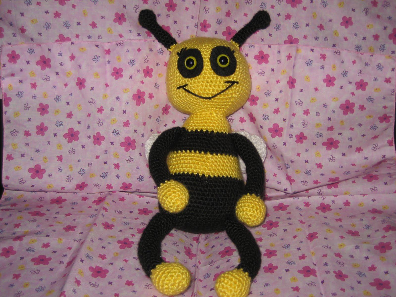 Fuzzy Feet Works: Abby Bee Pattern