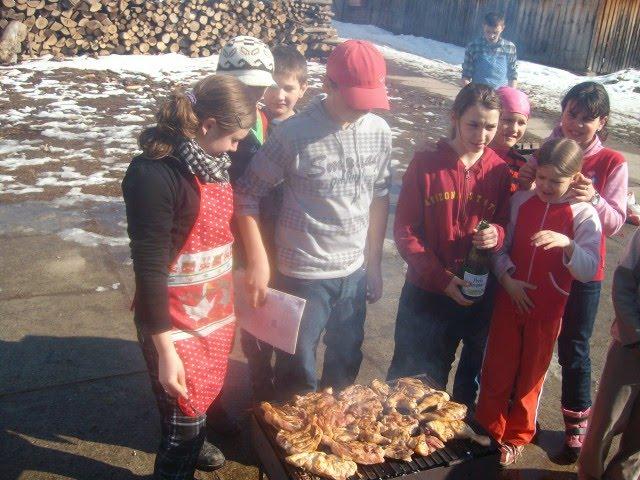 Activitatea gastronomică a echipei verzi: 12 III2010