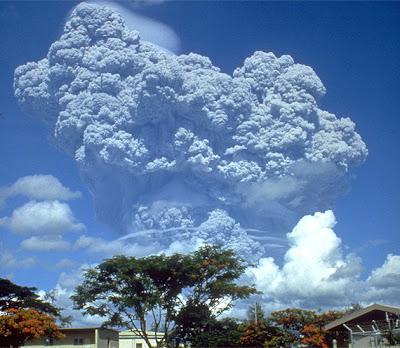 การระเบิดของภูเขาไฟ 1