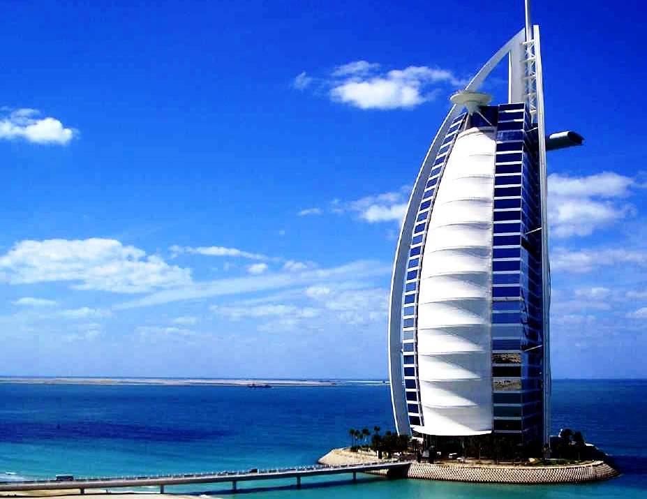 Best hotels dubai hotels fit every pocket for Nicest hotel in the world dubai