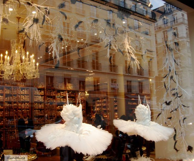 repetto store window paris