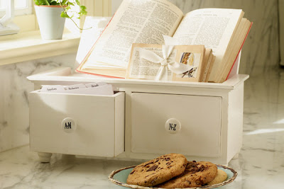 2-drawer recipe box A-M and N-Z