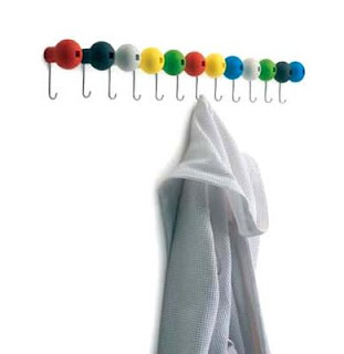 Globo wall coat hanger